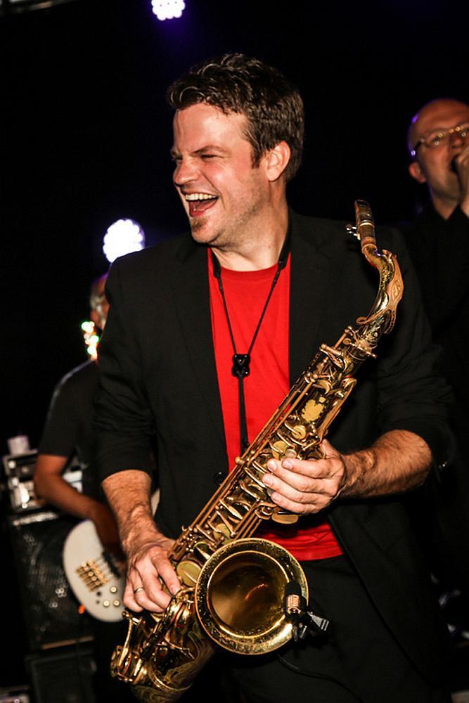 Saxophonist Köln, Event-Saxophonist, Live Saxophon, Video, Hochzeit, Club, DJ, Party